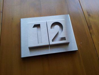 huisnummerbord voordeur B-01-A2