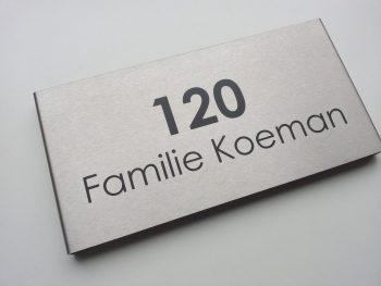 naambordje voordeur 125x250V