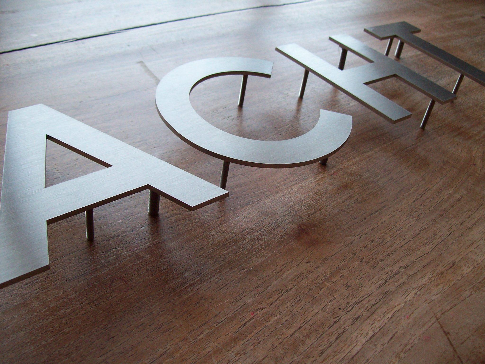 Huisnummer uit losse letters rvs316 3mm dik