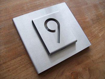 Huisnummerbord voordeur B-01-B1