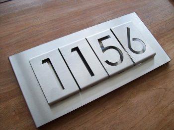 Huisnummerbord voordeur B-01-B4