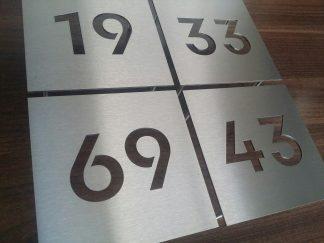 Huisnummer plaat 2mm dik modern design