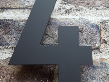 Acryl huisnummer 4